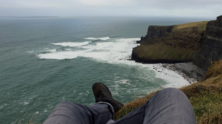 FeetAndCliffs